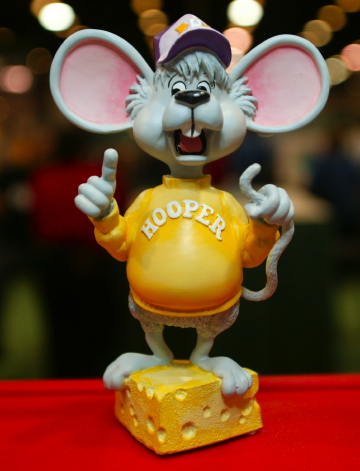 Hooper Figurine